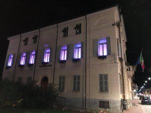 IL COMUNE DI GATTINARA ILLUMINATO DI DI VIOLA CONTRO IL TUMORE AL PANCREAS.